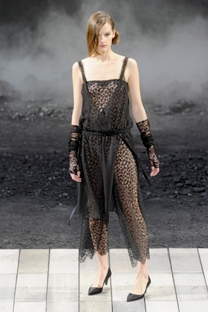 Fashion-week-defile-chanel-pret-a-porter-automne-hiver-2011-2012-34-816528